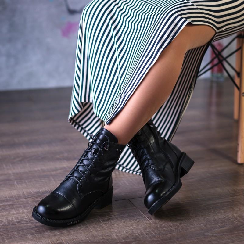 Черевики жіночі шкіряні зимові на шнурівці mossani