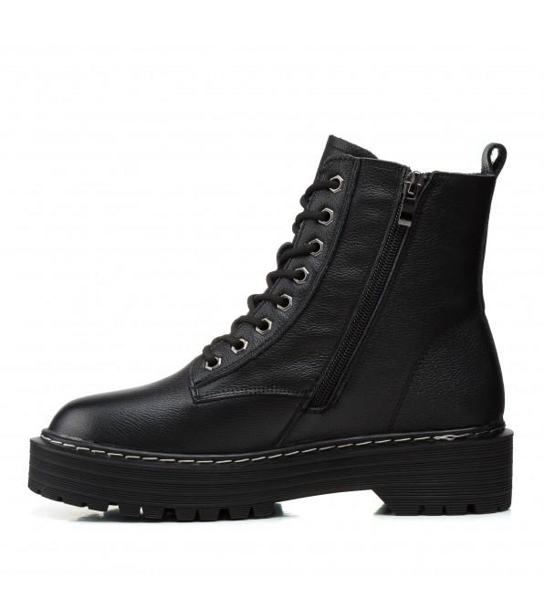 Черевики жіночі чорні зимові на шнурівці Lifexpert
