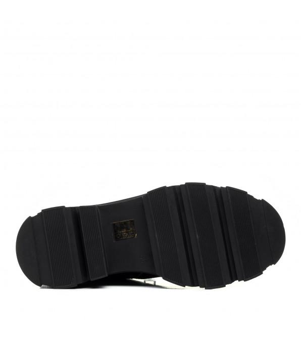 Черевики чорні на зручному каблуку шкіряні декорований замок Kamani