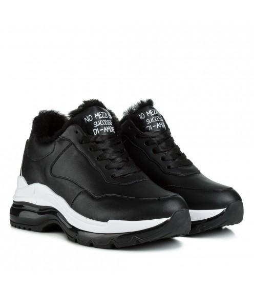 Кросівки жіночі шкіряні стильні теплі Ditas на платформі на шнурівці чорні з білим