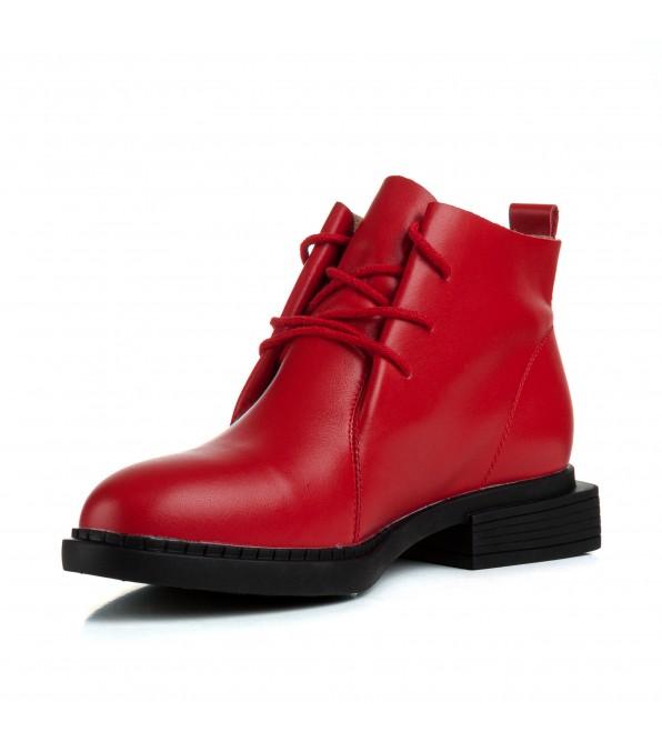 Черевики жіночі шкіряні червоні на низькому квадратному каблуку