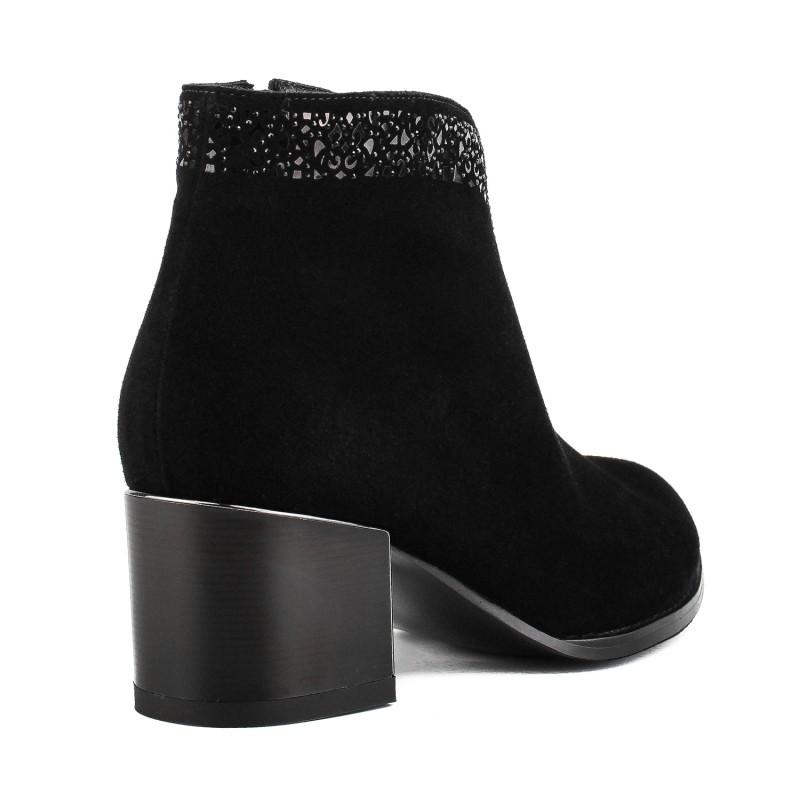 Ботильйони жіночі замшеві чорні на квадратному каблуку Velly