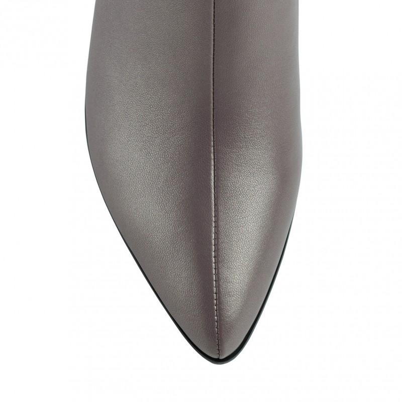 Ботильйони жіночі шкіряні мокко на товстому каблуку