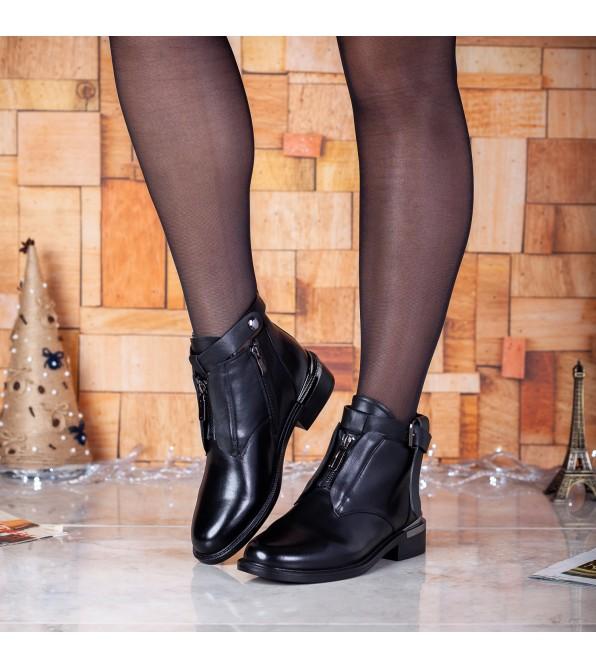 Черевики жіночі шкіряні чорні на низькому каблуку