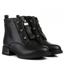 Ботинки женские кожаные черные на низком квадратном каблуке