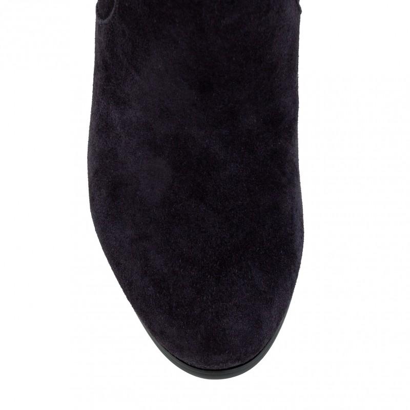 Чоботи жіночі замшеві сірі на товстому каблуку