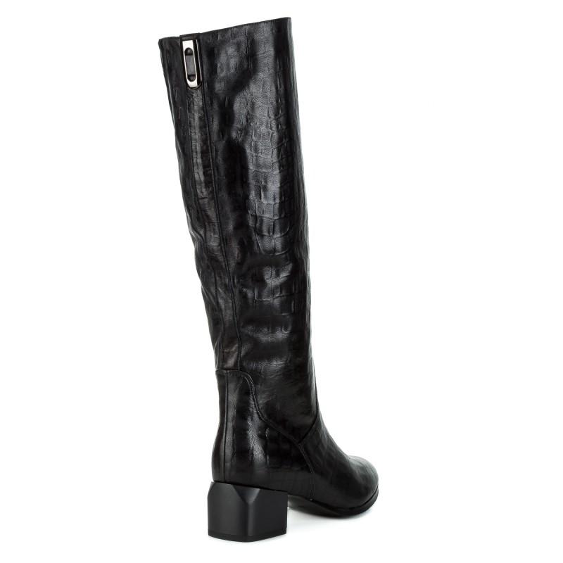 Чоботи жіночі шкіряні чорні на квадратному каблуку Molka