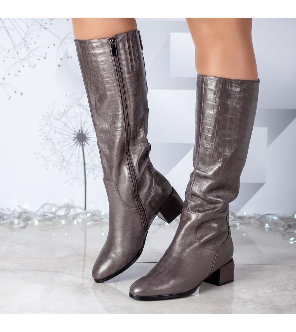 Чоботи жіночі шкіряні коричневі на квадратному каблуку Molka