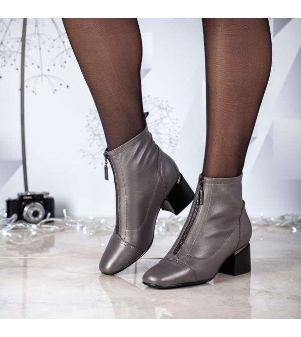 Ботильйони жіночі шкіряні сірі на товстому каблуку Berkonty
