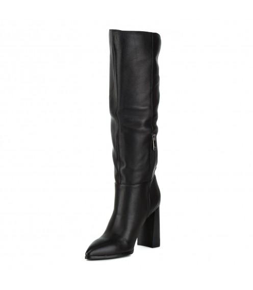 Чоботи жіночі шкіряні чорні на високому каблуку