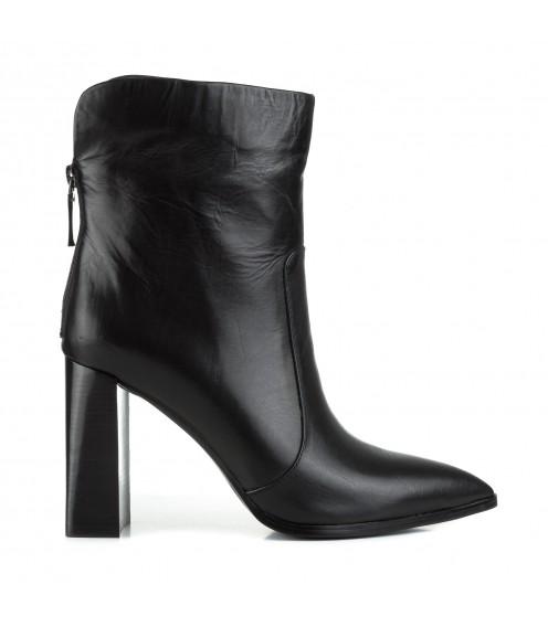 Ботильйони жіночі шкіряні чорні на високому каблуку