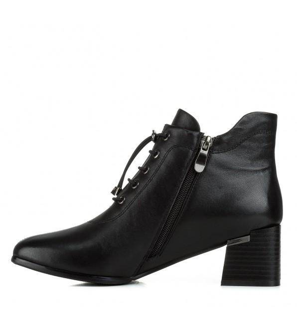 Ботильйони жіночі шкіряні чорні на квадратному каблуку Vidorcci