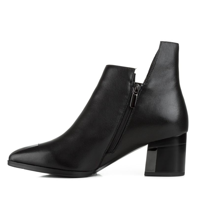 Ботильйони жіночі шкіряні чорні на товстому каблуку Vidorcci