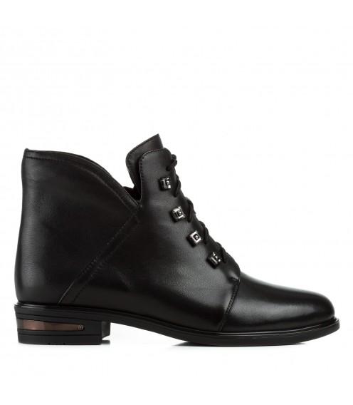 Черевики жіночі шкіряні чорні на низькому квадратному каблуку