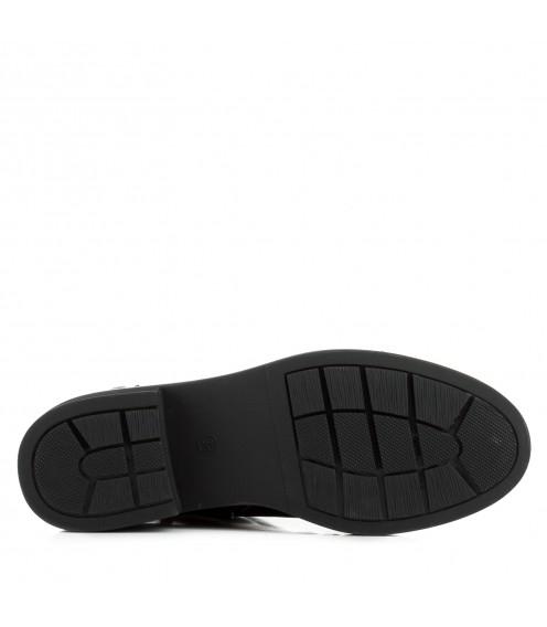 Черевики жіночі чорні шкіряні на низькому каблуці стильні