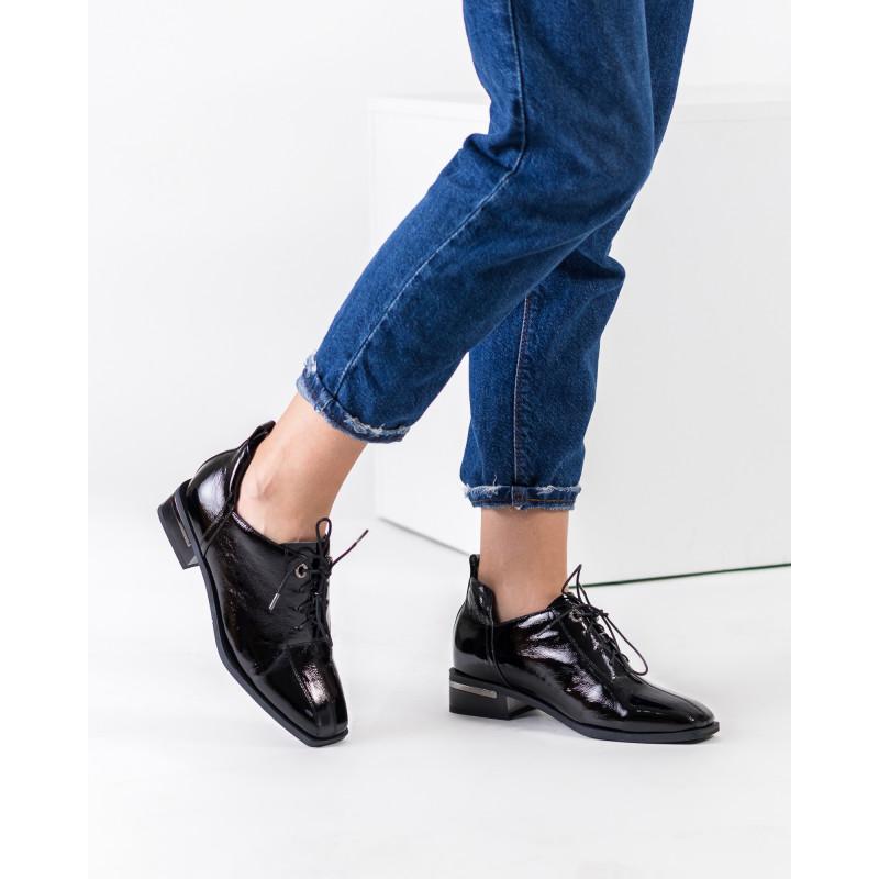 Черевики жіночі шкіряні лаковані з квадратним носком Sufinna