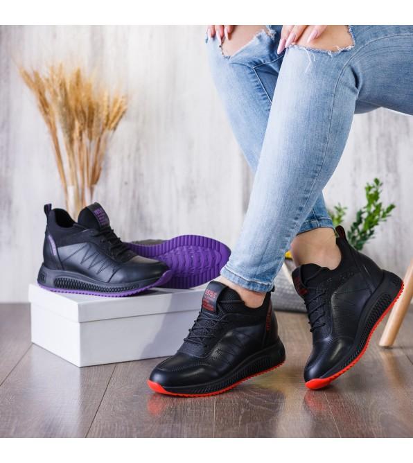 Кросівки жіночі чорні, високі, на скритій танкетці Lifexpert