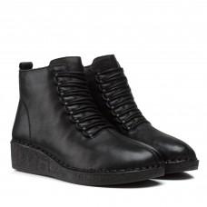 Ботинки женские кожаные черные на танкетке Meegocomfort