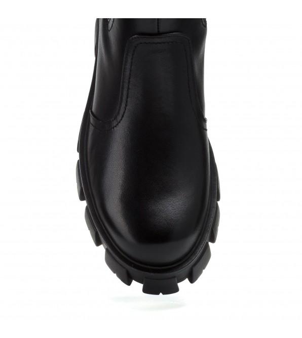 Черевики - челсі жіночі чорні на масивній підошві mossani