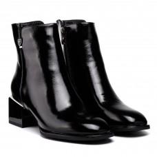 Ботинки демисезонные на каблуке Geronea