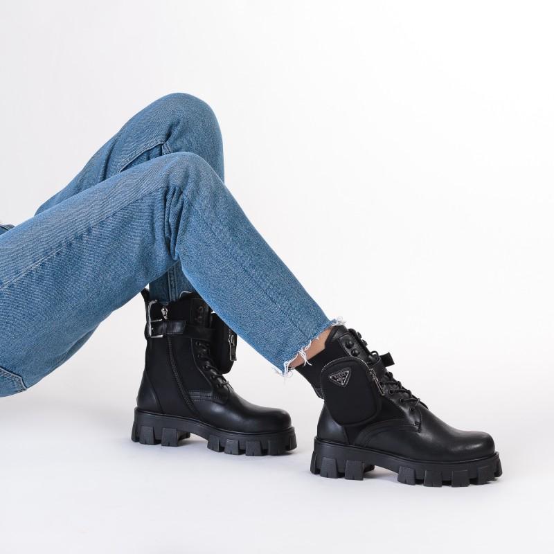 Черевики жіночі чорні на платформі Oeego