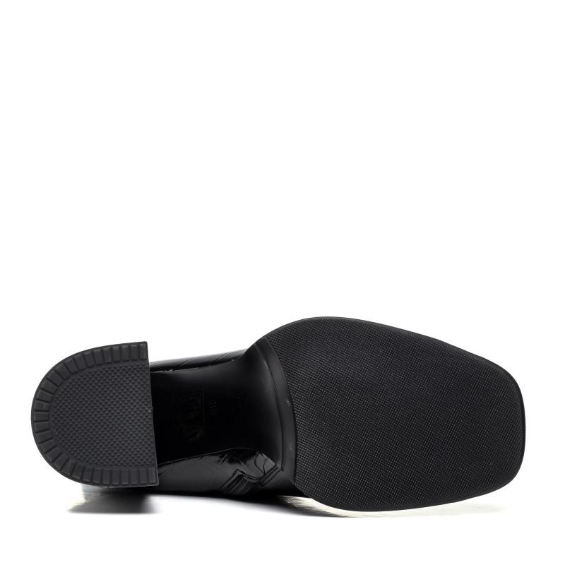 Чоботи Angelo Vera лакові на каблуку чорні