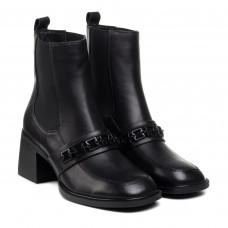 Ботинки женские кожаные  на каблуке Geronea