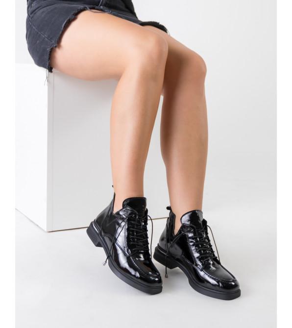 Черевики жіночі шкіряні демісезонні на шнурівці Guero