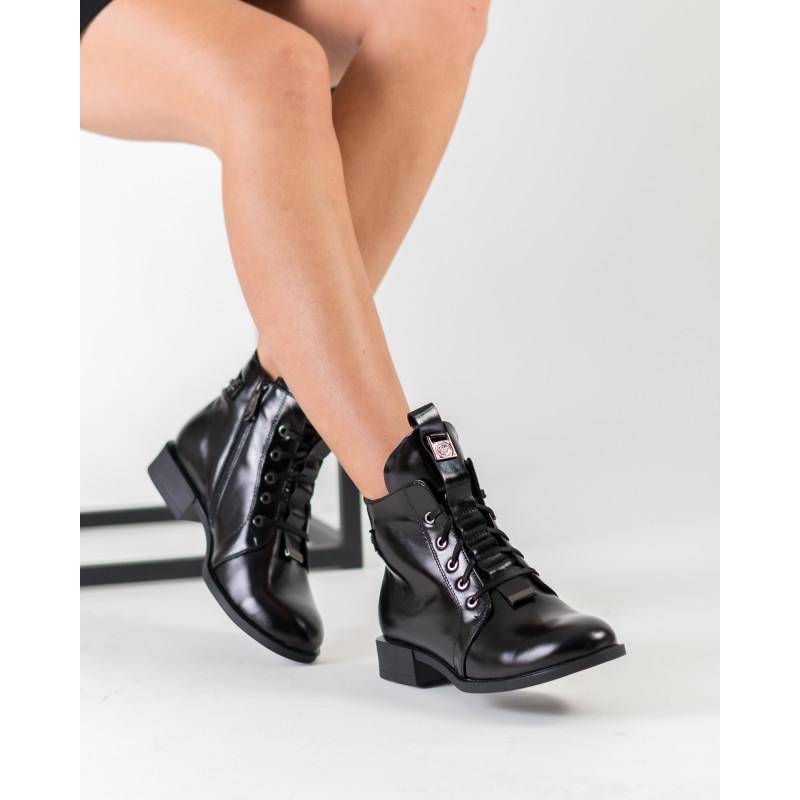 Черевики жіночі шкіряні чорні на низькому ходу Romax