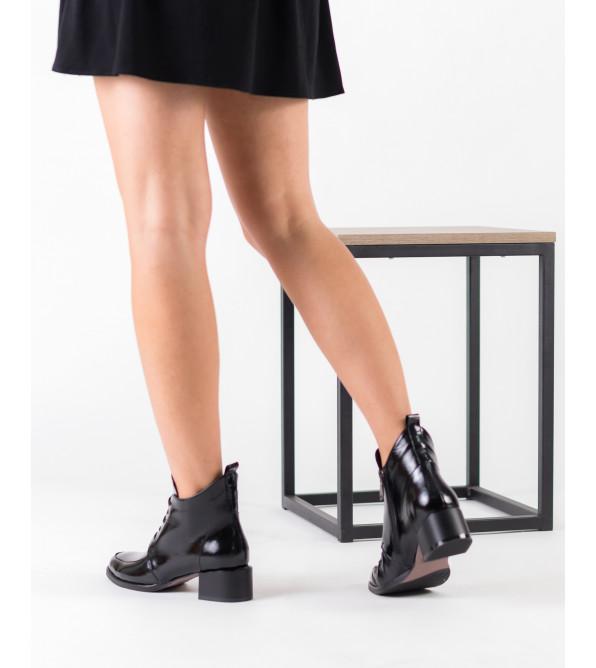 Черевики жіночі шкіряні чорні Romax