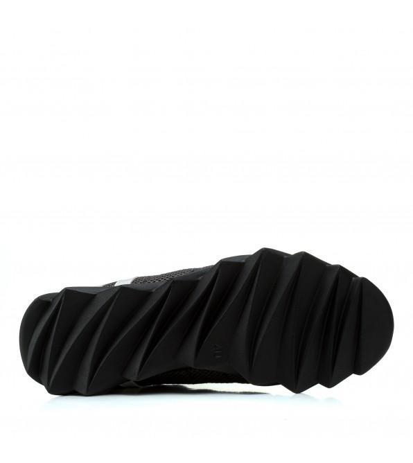 Кросівки чоловічі стильні з рельєфною підошвою Extrem в сіточку на чорній підошві