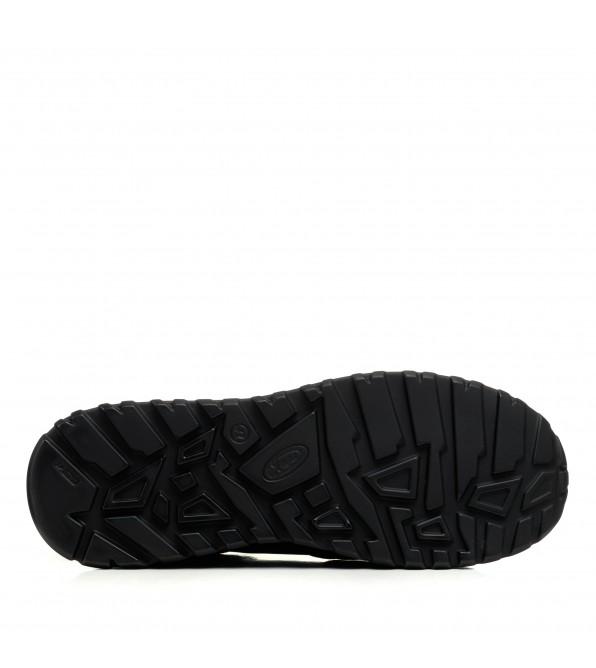 Кросівки чоловічі чорні шкіряні  Zlett