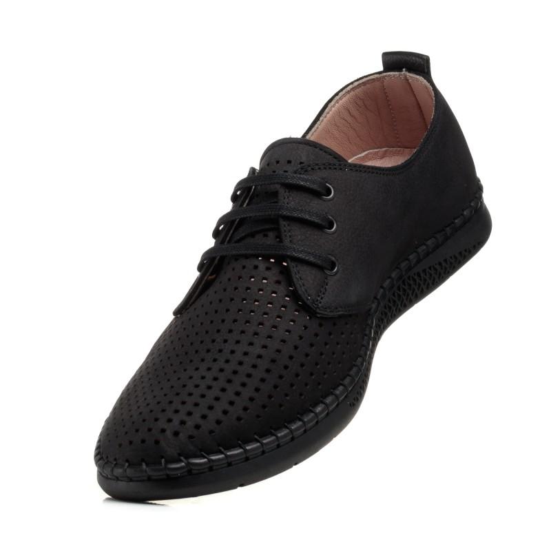Туфлі чорні з перфорацією altura