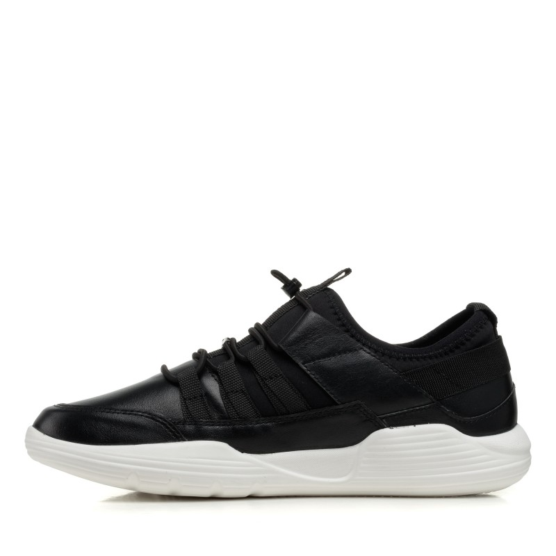 Кросівки чоловічі чорні Rondo
