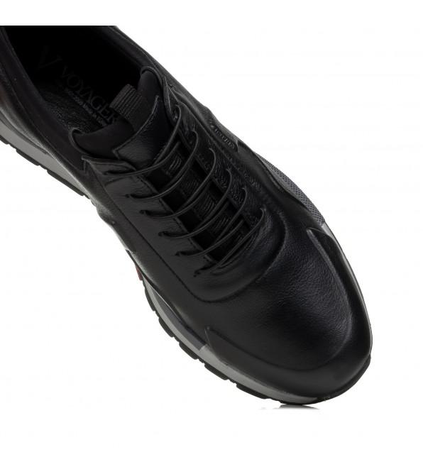 Кросівки чоловічі шкіряні Voyager
