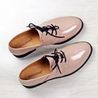 Самые модные туфли без каблука: тренд 2019!