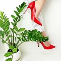 Какие туфли купить? Классика или новые тренды?