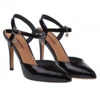 Де купити взуття, яке ідеально підійде за всіма параметрами? Взуттєвий салон «Маріго» відкриє  маленьку таємницю!